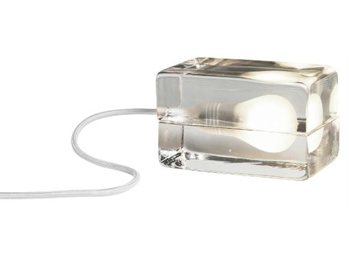 design-house-stockholm-suuri-block-lamppu-valkoinen-johto